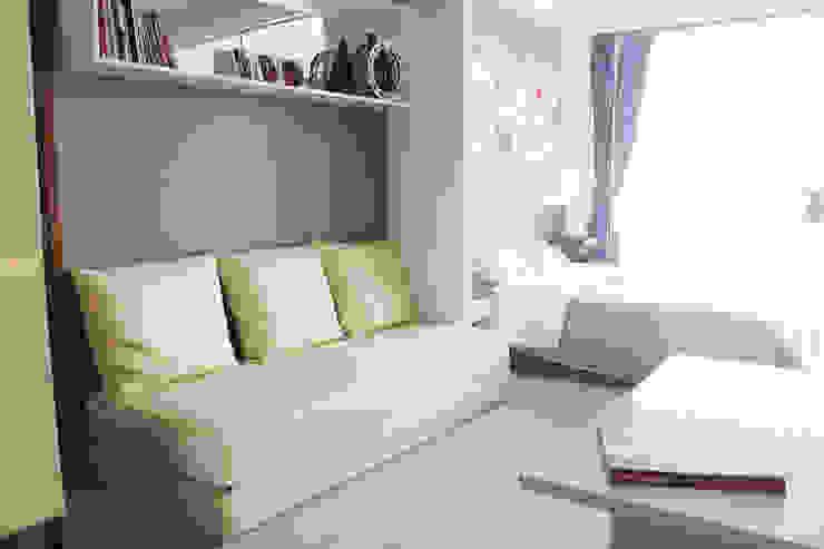 Dago Suite – Tipe 1 Bedroom Connecting Door Ruang Keluarga Modern Oleh POWL Studio Modern