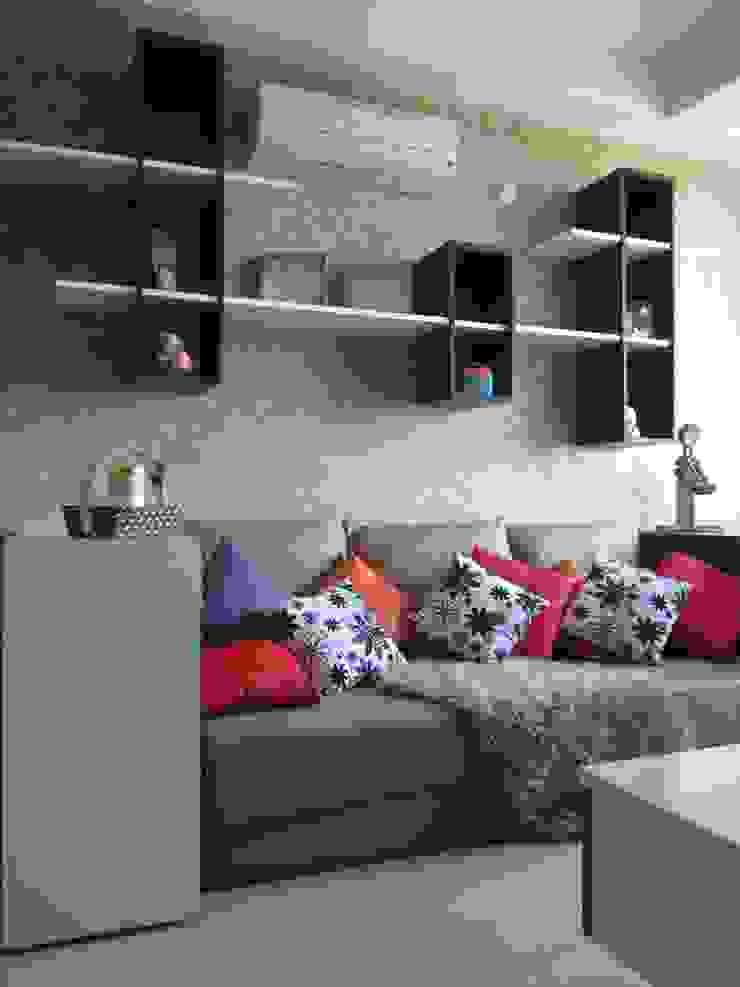 Dago Suite - Single Unit 1 Bedroom Ruang Keluarga Modern Oleh POWL Studio Modern