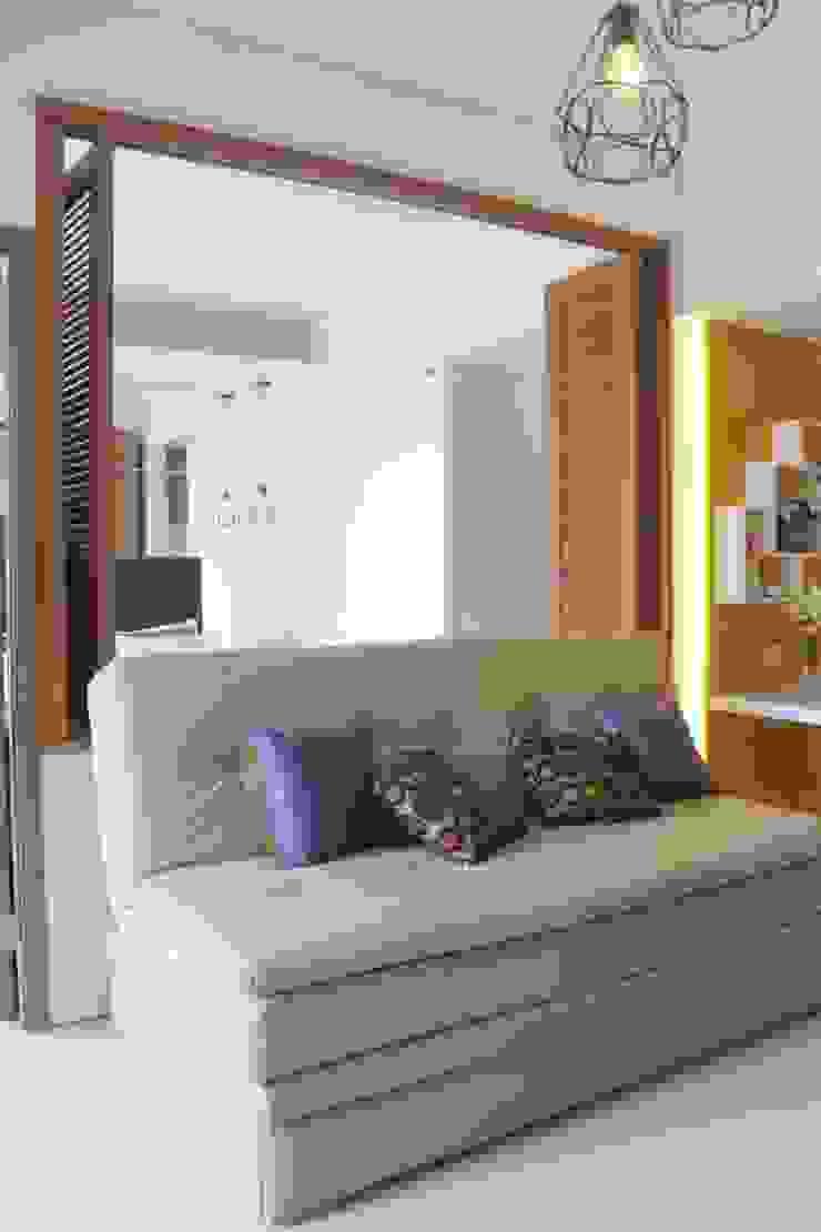 Galeri Ciumbuleuit III - Tipe 3 bedroom:modern  oleh POWL Studio, Modern