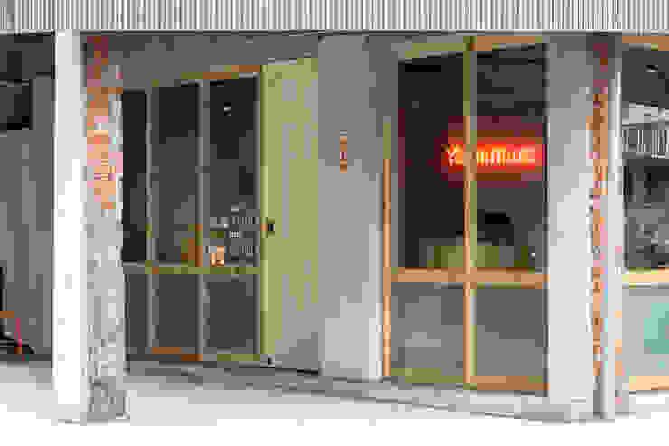 Entrance 根據 湜湜空間設計 隨意取材風 實木 Multicolored