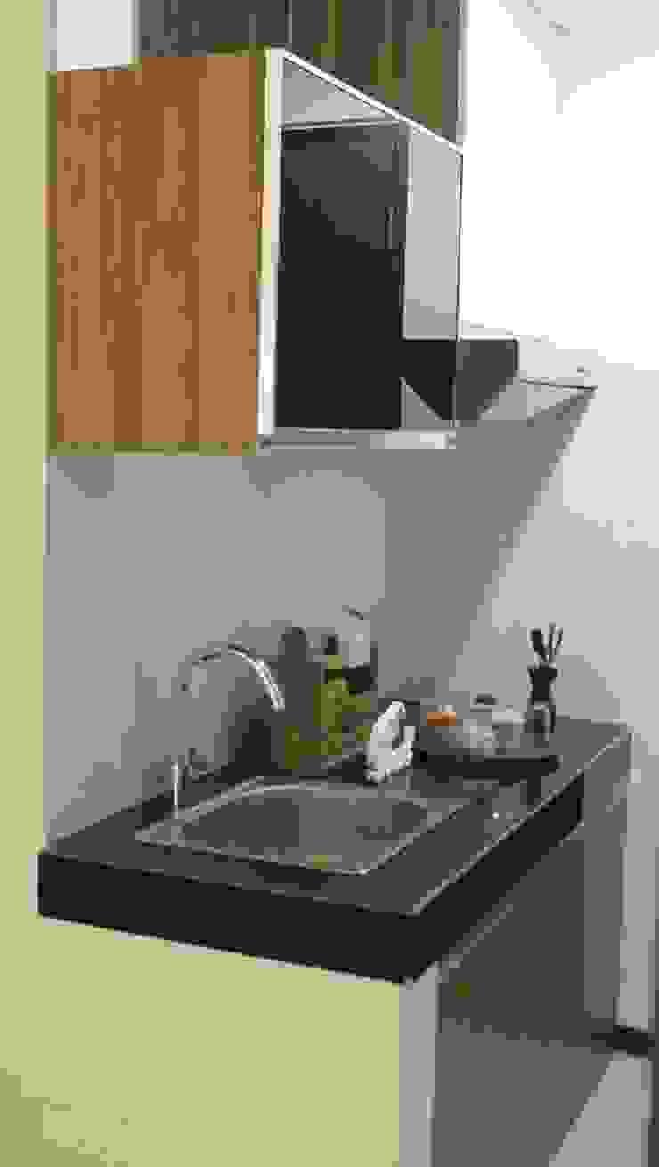 GATEWAY PASTEUR Jade Tipe 2 Bedroom von POWL Studio Modern