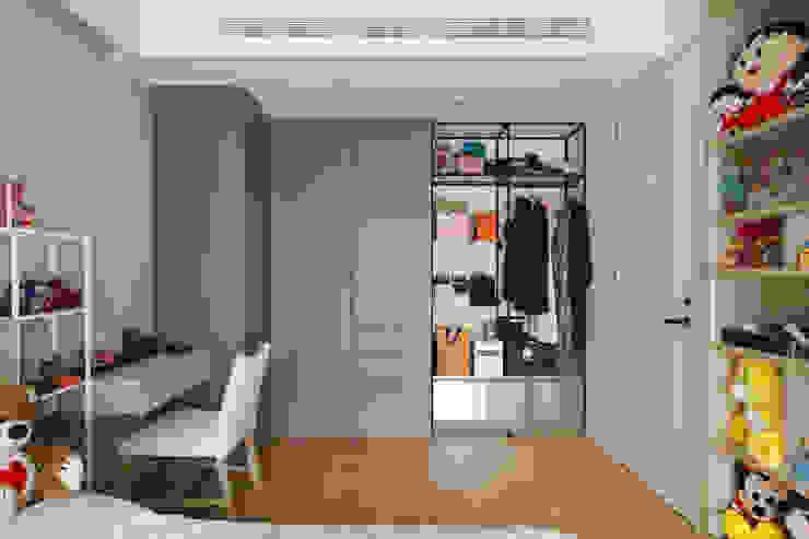 Moderne Schlafzimmer von 直方設計有限公司 Modern