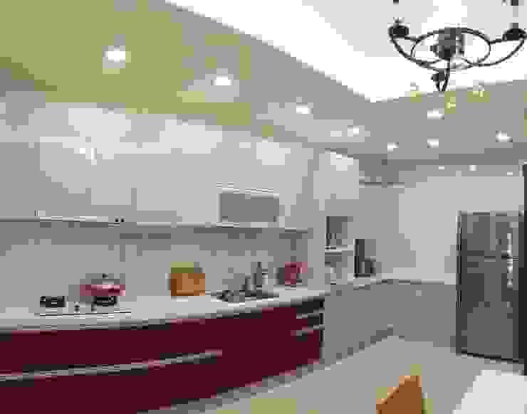系統廚具 頂尖室內設計工程行 Kitchen
