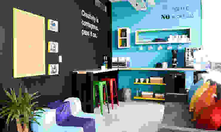 Estudio Raya Modern study/office