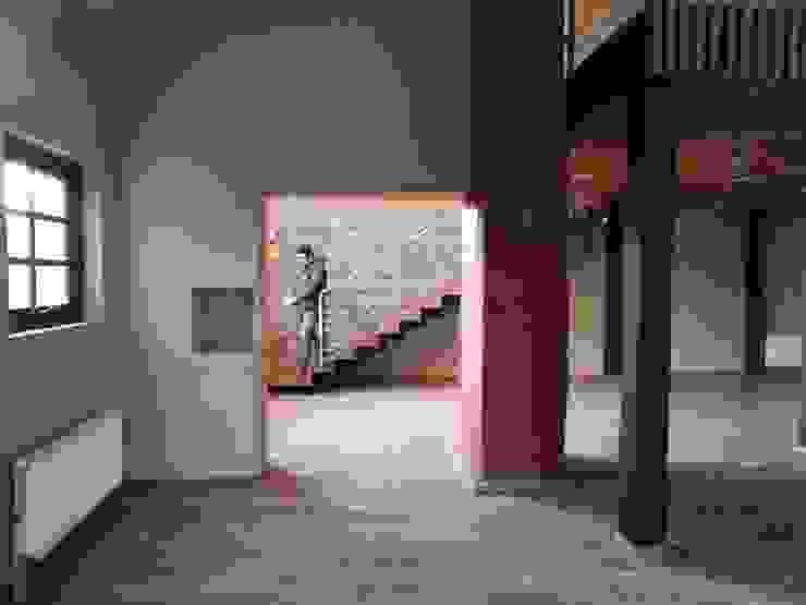 INTERIOR REMODELACION RESTAURANTE PATIO CONDELL Comedores de estilo moderno de U.R.Q. Arquitectura Moderno