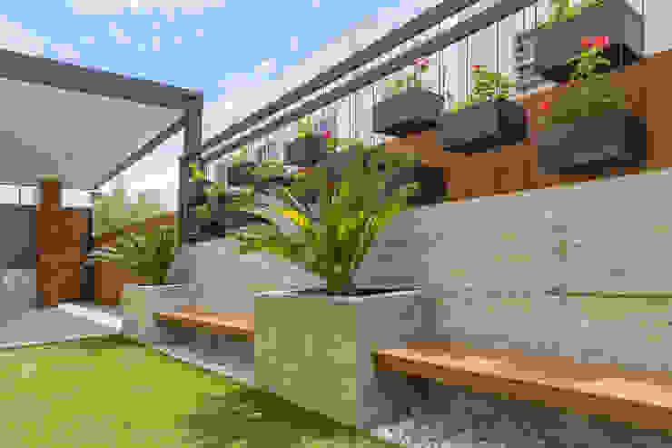 Giardino in stile  di S2 Arquitectos, Minimalista