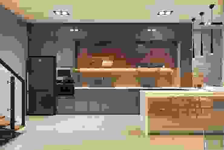Thiết kế nội thất nhà phố, biệt thự phong cách hiện đại Nhà bếp phong cách hiện đại bởi ICON INTERIOR Hiện đại