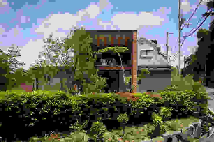Дерев'яні будинки by  井上久実設計室,