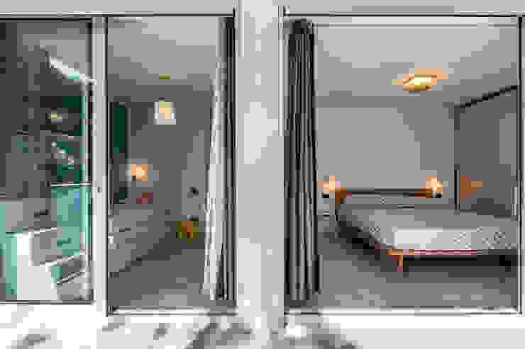 Dormitorios modernos: Ideas, imágenes y decoración de Elia Falaschi Fotografo Moderno