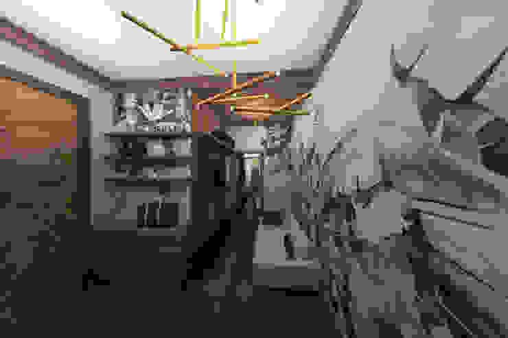 Мария Остроумова Pasillos, vestíbulos y escaleras de estilo minimalista Cerámico Verde