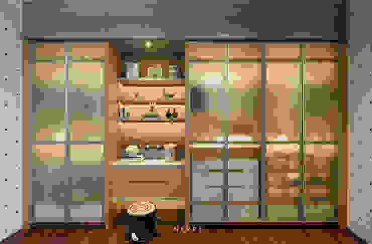 modern  by INERRE Interior, Modern