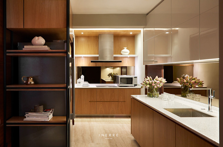 Kitchen by INERRE Interior Modern