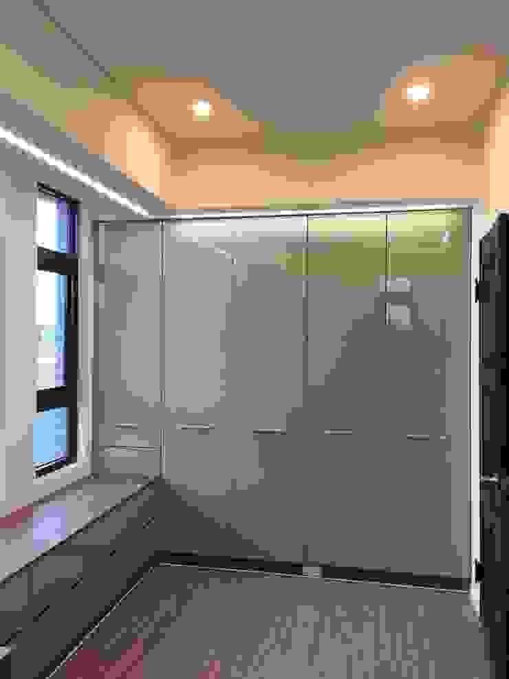 4層書房 根據 houseda 隨意取材風 合板