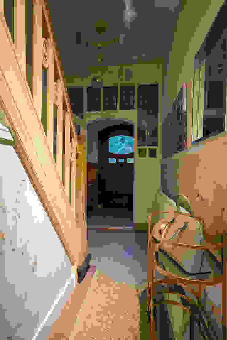 Roaring Twenties Eclectische gangen, hallen & trappenhuizen van Masters of Interior Design Eclectisch