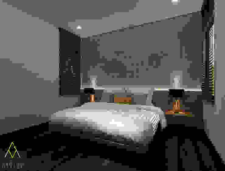 Master Bedroom:modern  oleh The Ground Market, Modern