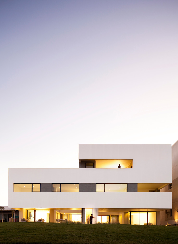 AGi architects arquitectos y diseñadores en Madrid Multi-Family house Reinforced concrete Beige