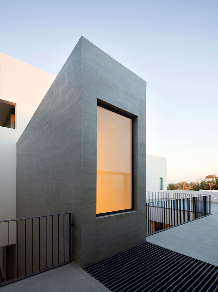AGi architects arquitectos y diseñadores en Madrid Single family home Concrete Grey