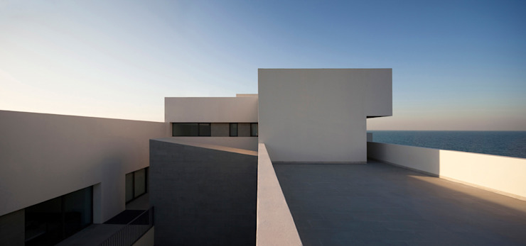 AGi architects arquitectos y diseñadores en Madrid Terrace Concrete Grey