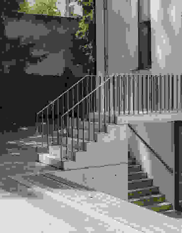 3 by JAN RÖSLER ARCHITEKTEN Modern Concrete