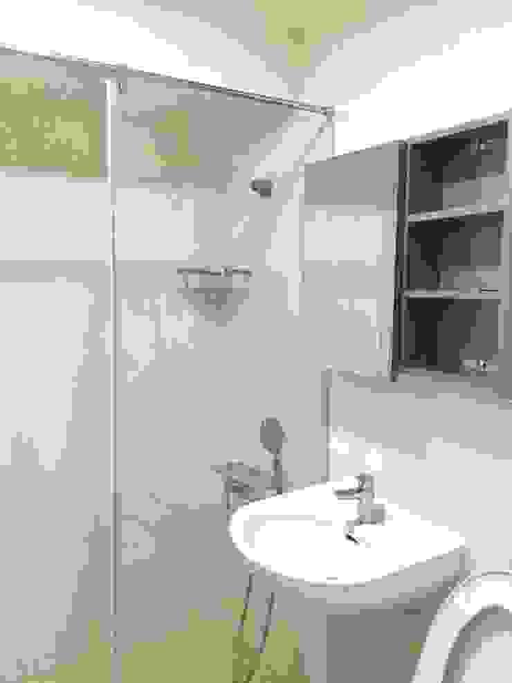 乾溼分離浴室 現代浴室設計點子、靈感&圖片 根據 圓方空間設計 現代風 磁磚