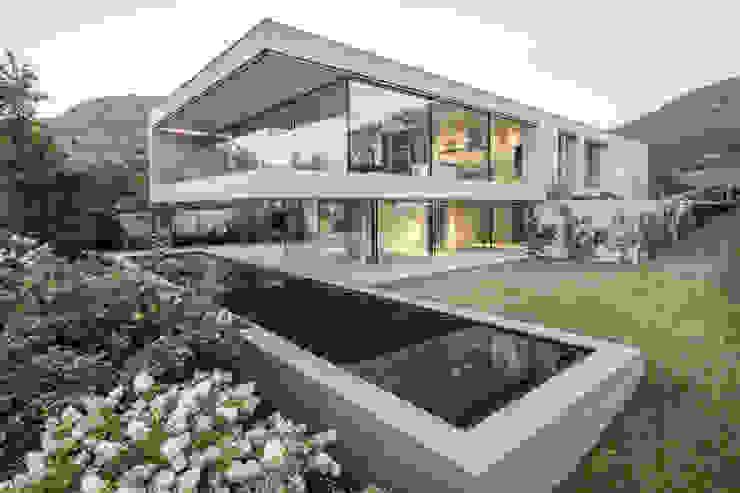 Casa MF di raro Moderno Cemento