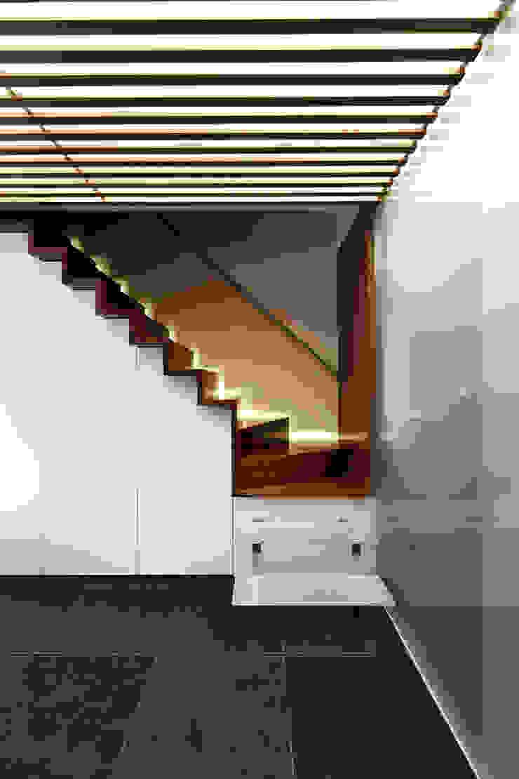 by KUBE Architecture 모던