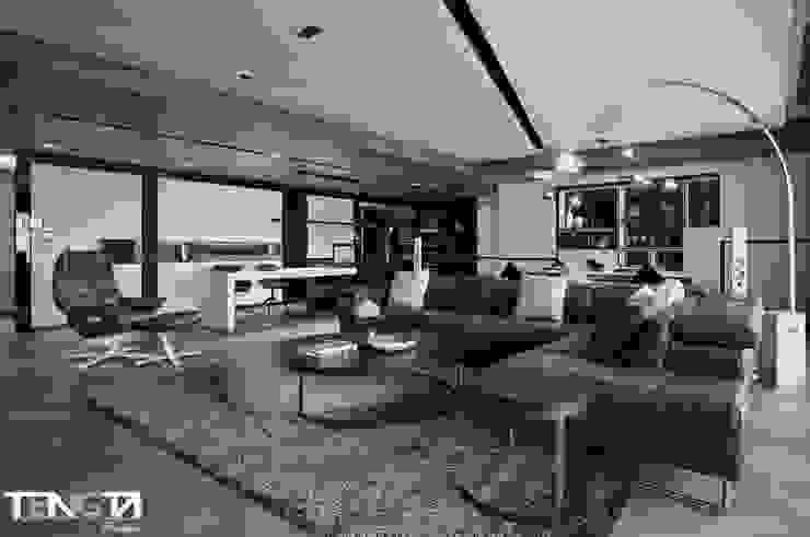 線條 ╳ 藝術 现代客厅設計點子、靈感 & 圖片 根據 騰龘空間設計有限公司 現代風