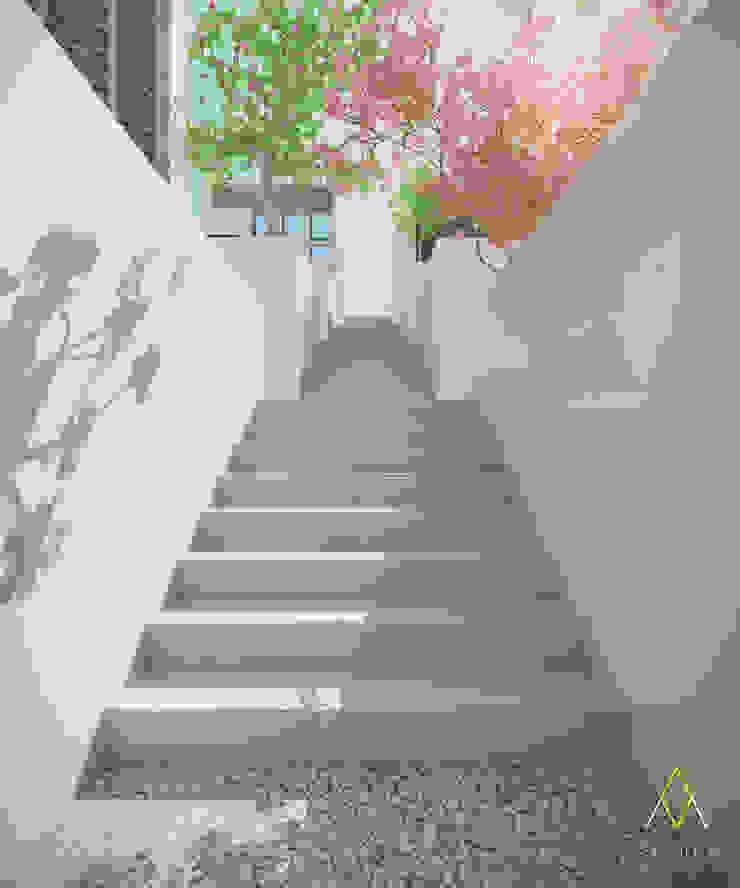 Stairway Oleh The Ground Market
