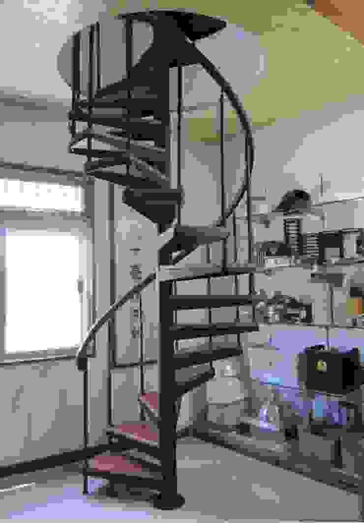 各式旋轉樓梯 根據 茂林樓梯扶手地板工程團隊 現代風