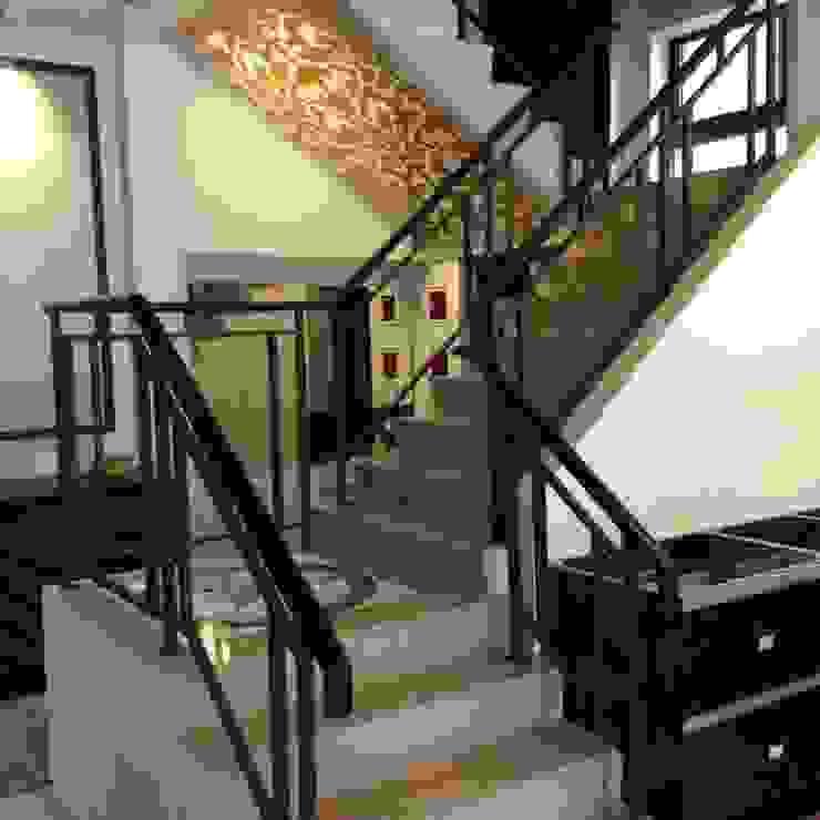 鑲玻璃扶手 茂林樓梯扶手地板工程團隊 樓梯