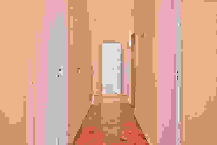 Casa Paris-Lisboa Obra 2015 por IA Arquitectura&Interiores Moderno