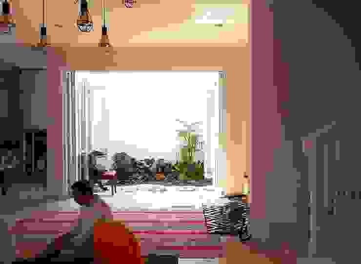 Ruang Tamu Ruang Keluarga Gaya Skandinavia Oleh Vaastu Arsitektur Studio Skandinavia