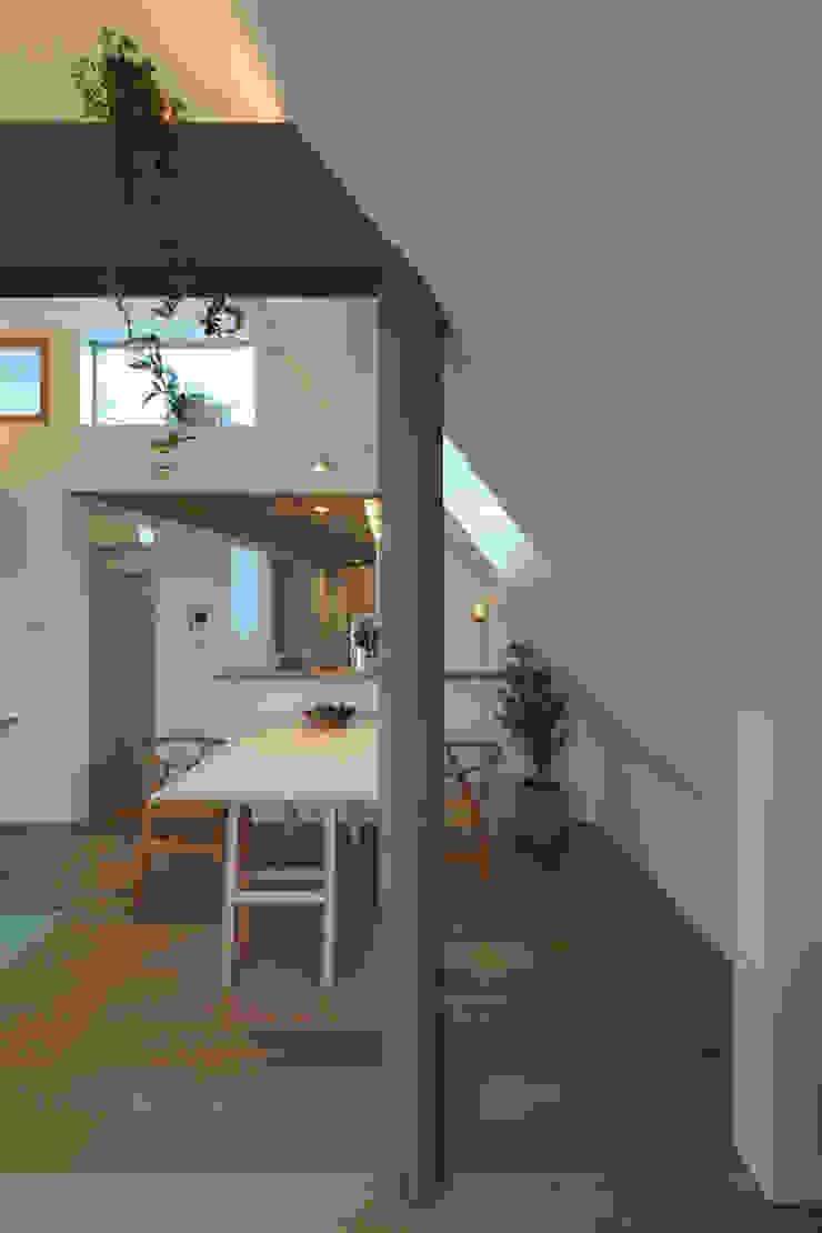 アトリエ スピノザ Modern dining room