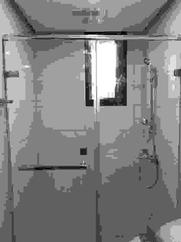 衛浴設備 現代浴室設計點子、靈感&圖片 根據 讚基營造有限公司 現代風