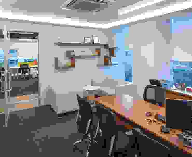 Apex Project Solutions Pvt. Ltd. Moderne Ladenflächen Sperrholz Beige