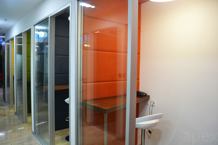 Telephone booth by Apex Project Solutions Pvt. Ltd. Modern Glass