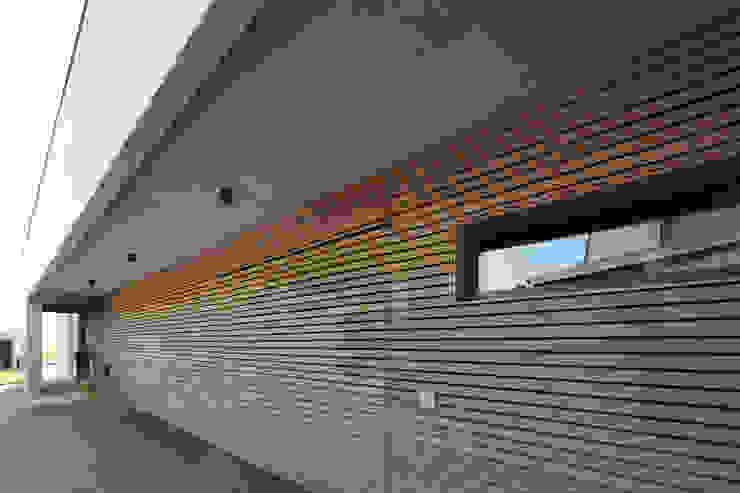 Eingangsseite von Architekturbüro zwo P Minimalistisch Holz Holznachbildung