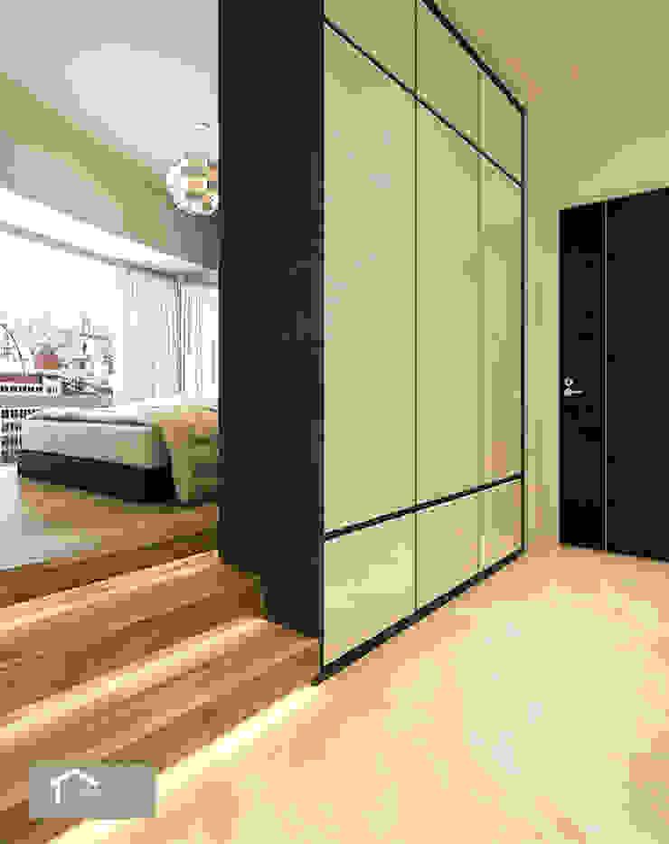 Minimalist style at Bishan Park Minimalist corridor, hallway & stairs by Singapore Carpentry Interior Design Pte Ltd Minimalist