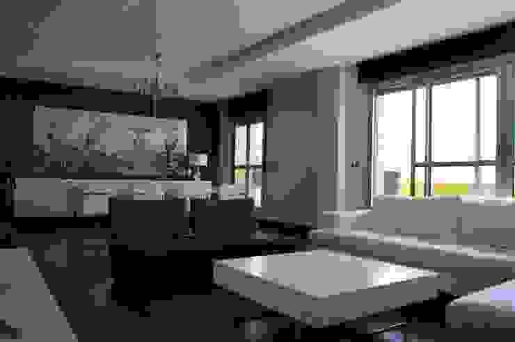 Livings de estilo  por Qum estudio, tienda de muebles y accesorios en Andalucía