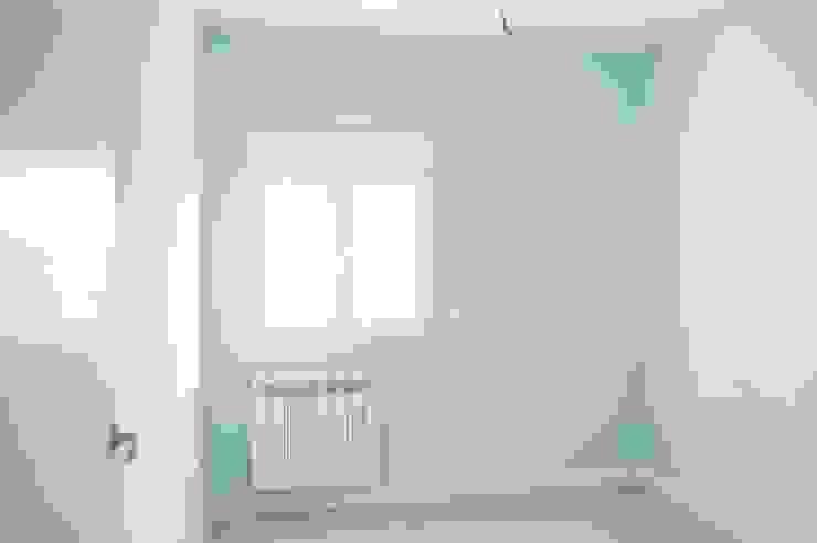 Camera da letto in stile mediterraneo di CISOYER Mediterraneo