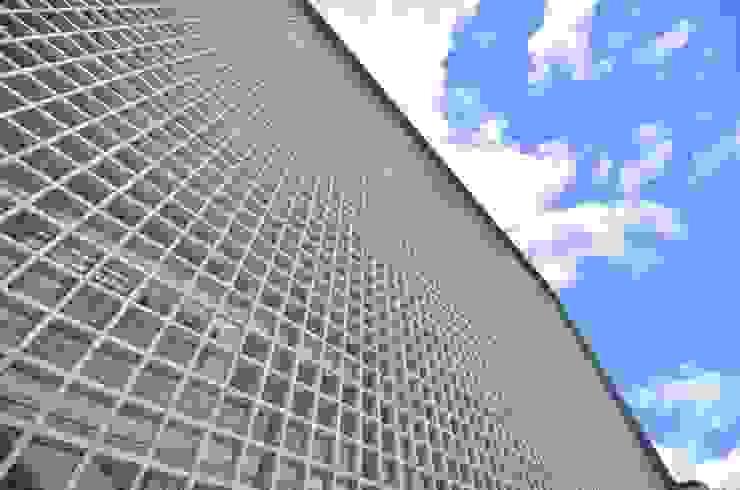 Sede RBS Edifícios comerciais modernos por BG arquitetura   Projetos Comerciais Moderno