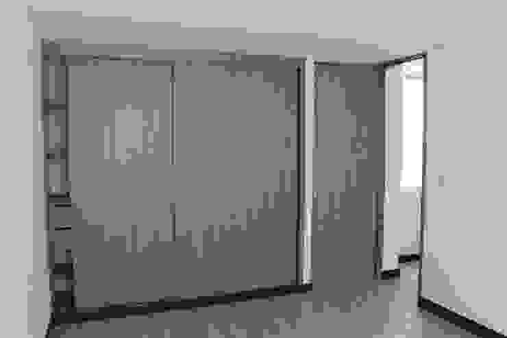Phòng thay đồ phong cách hiện đại bởi IngeniARQ Arquitectura + Ingeniería Hiện đại