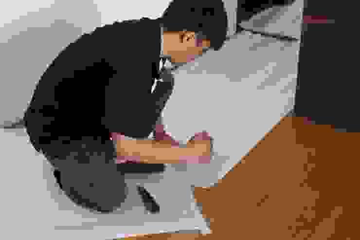 施工前先鋪珍珠板保護室內 根據 鵝牌氣密窗-台中直營店