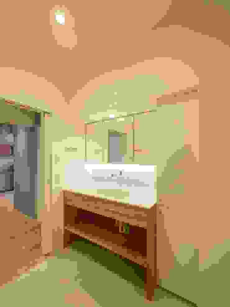株式会社エキップ Salle de bain originale Bois Effet bois