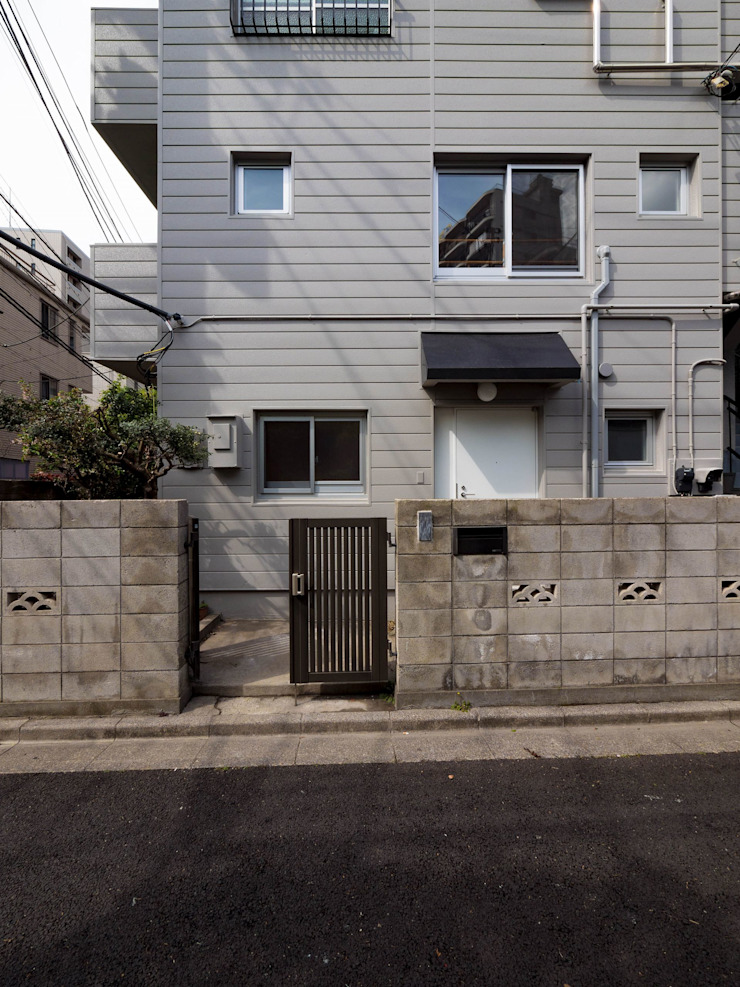 Eclectic style houses by 株式会社エキップ Eclectic