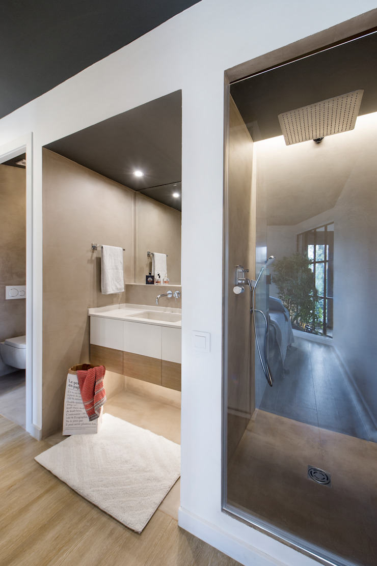 Eclectic style bathroom by Egue y Seta Eclectic
