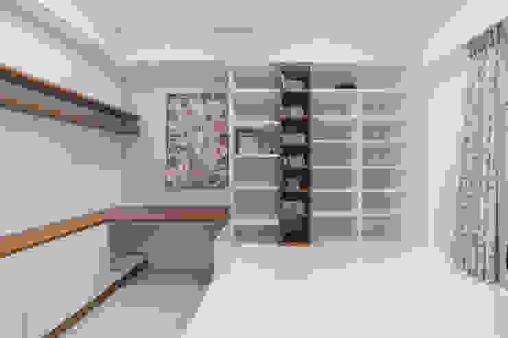 L型大書桌延伸和室置物櫃:  國家  by 藏私系統傢俱, 鄉村風
