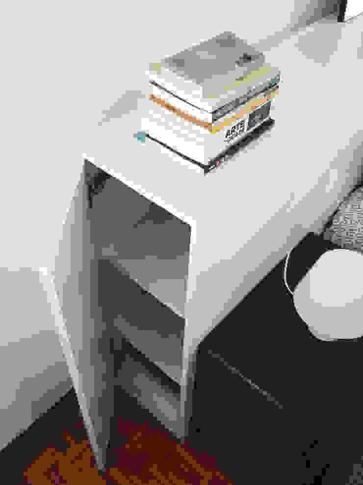 minimalist  by Qiarq . arquitectura+design, Minimalist Engineered Wood Transparent