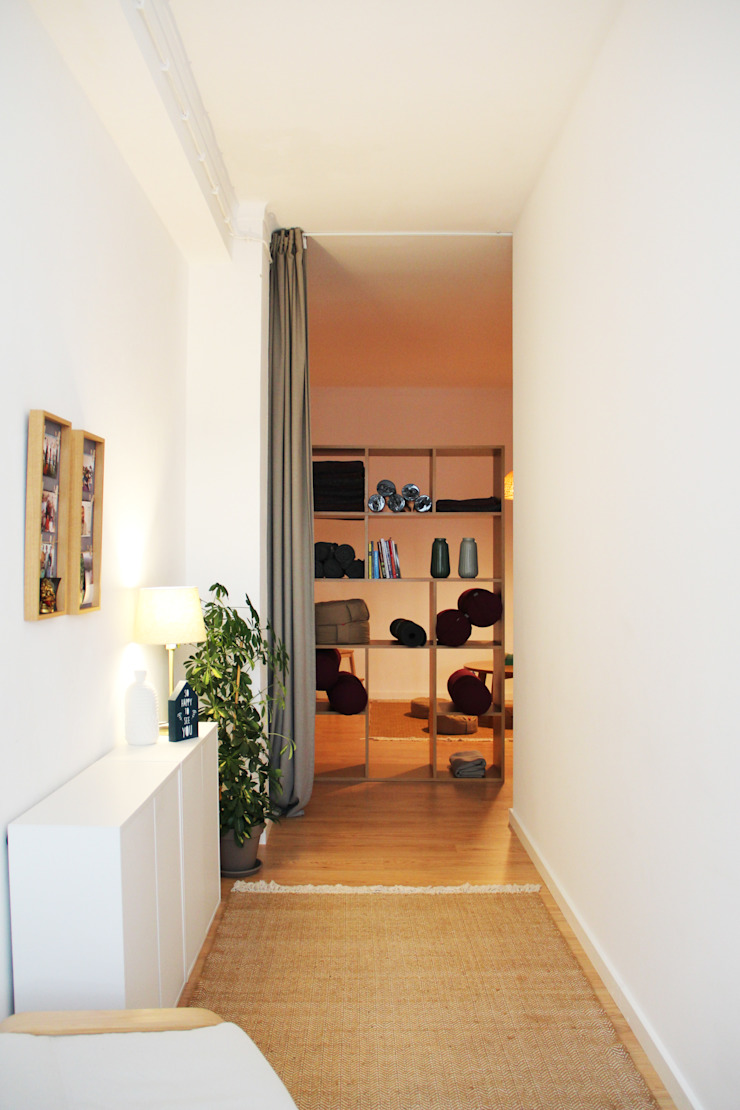Minimalist offices & stores by Qiarq . arquitectura+design Minimalist Wood Wood effect