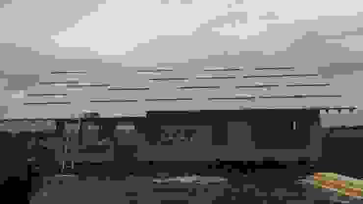 Casa en Uruguay (Construcción en 15 días) Superficie cubierta de 130 m2 de Patagonia Log Homes - Arquitectos - Neuquén Clásico Derivados de madera Transparente